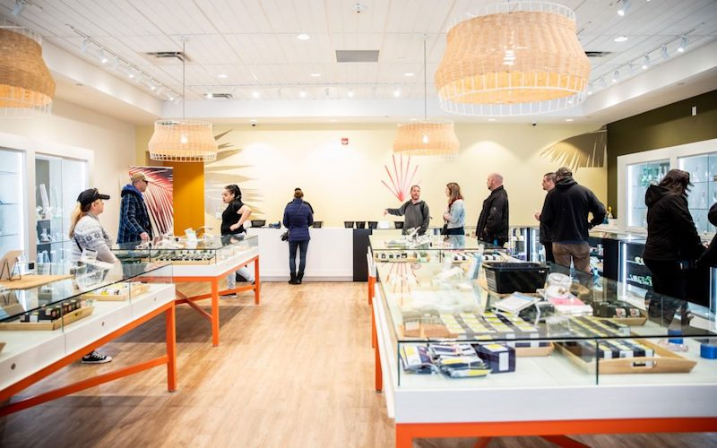 High Tide Announces Canna Cabana Now Selling Cannabis in Grande Prairie with 10 More Alberta Stores to Follow Shortly