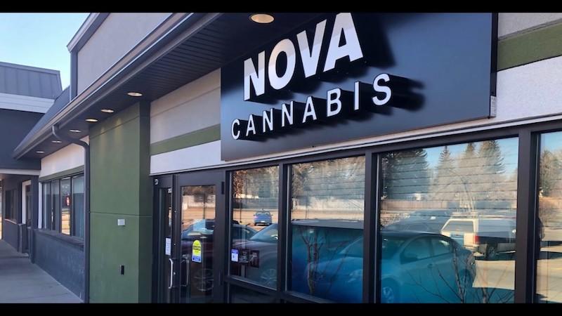 Alcanna Inc. Announces $27.6 Million Secondary Bought Deal Offering by Aurora Cannabis Inc.