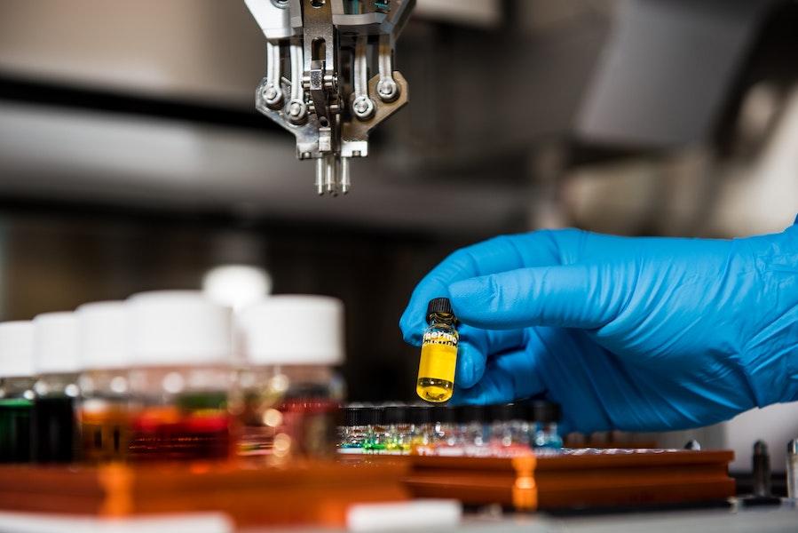 Tetra Bio-Pharma and Mondias Enter into Final Agreement for the Purchase of Lumiera Health Innovation Inc.