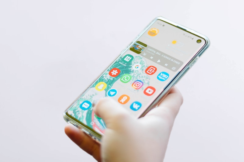 Unique Toronto Startup HiBnb Wins International Award for Innovation / Disruption